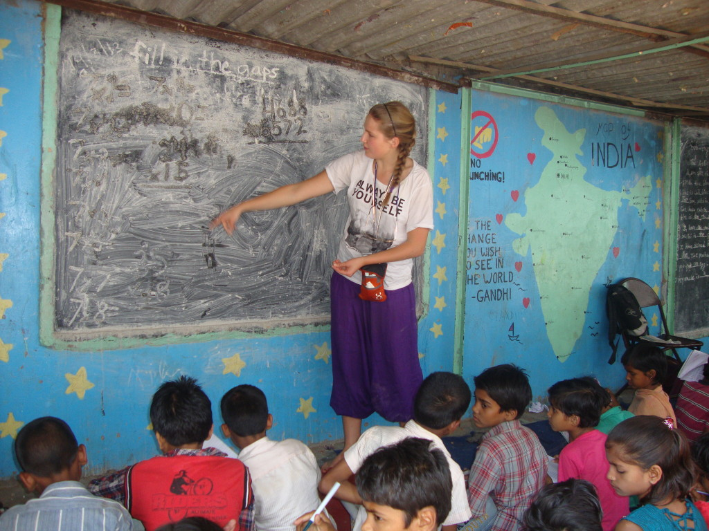 Teaching volunteering in India