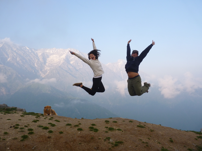 happy-volunteering-in-India