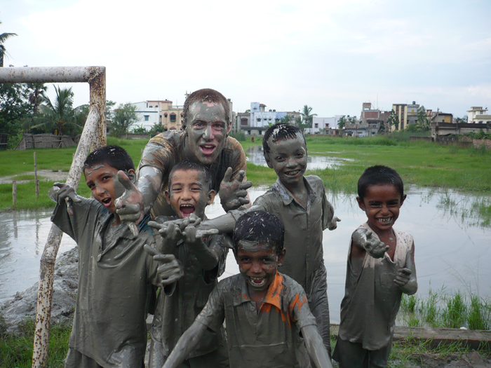 volunteering-with-children-in-India