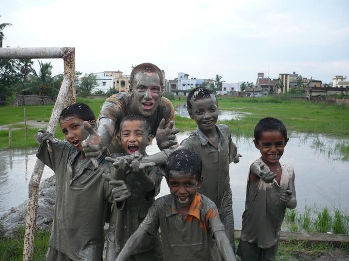 volunteering-with-children-in-India