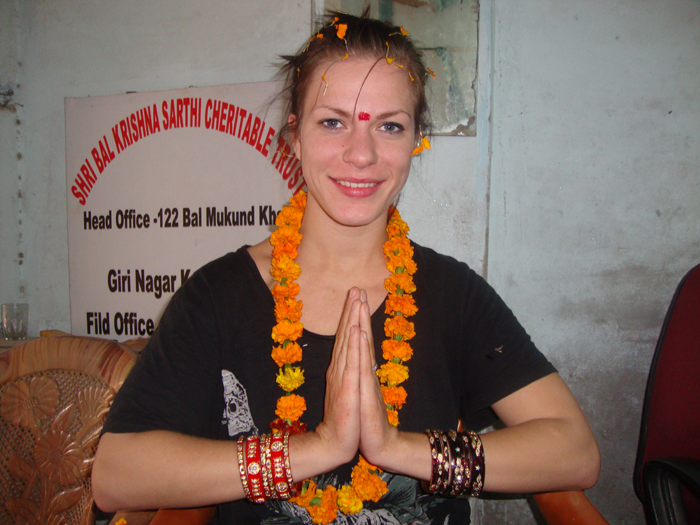 welcome-of-volunteer-in-India