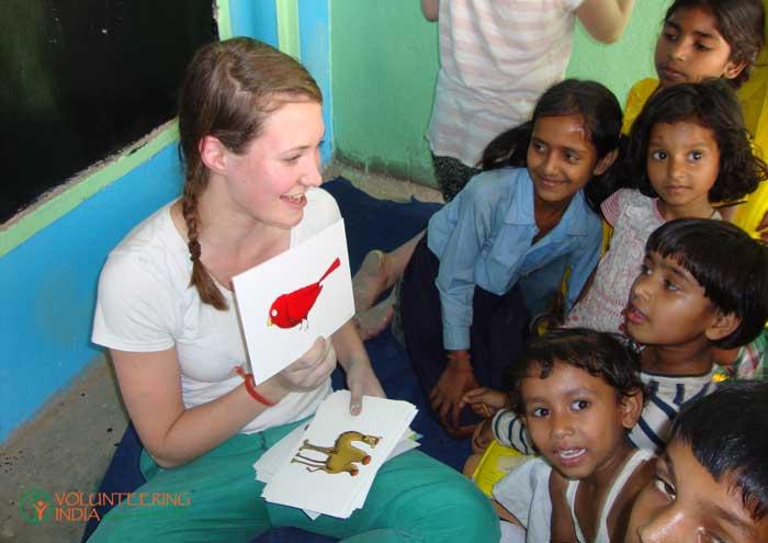 Teaching-volunteering-in-India-07