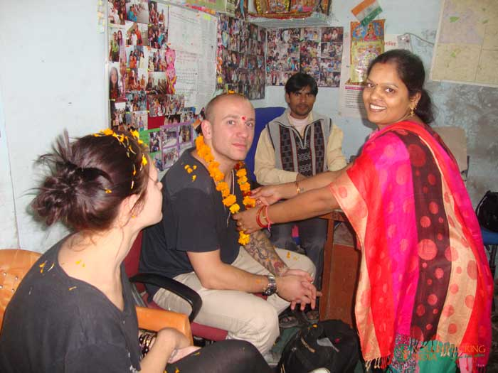 Welcome-to-volunteers-in-India