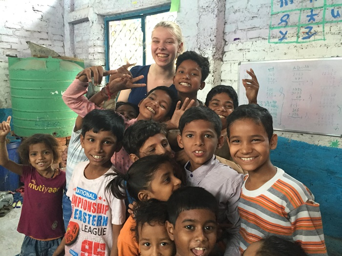volunteer with kids in India