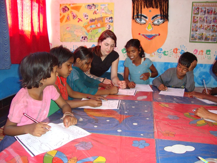 Drawing and painting by Kids in India with volunteers