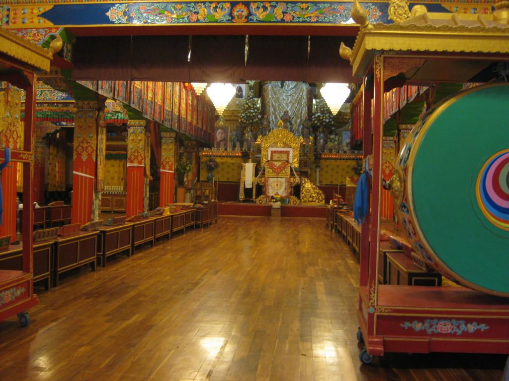 visit Temples in Palampur