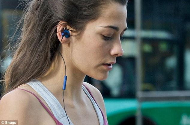 use ear plug while volunteering in India