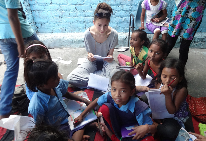 orphanage-volunteer-work-in-Delhi