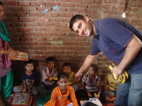 Harjeevan-Randhawa,-Street-Children-Program