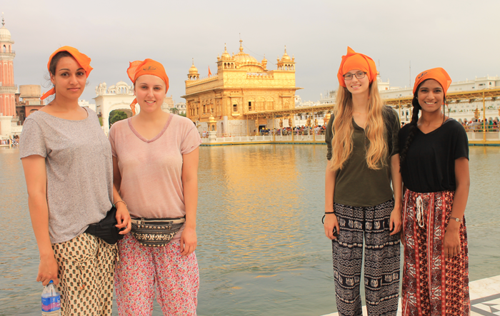 volunteer-travel-in-India