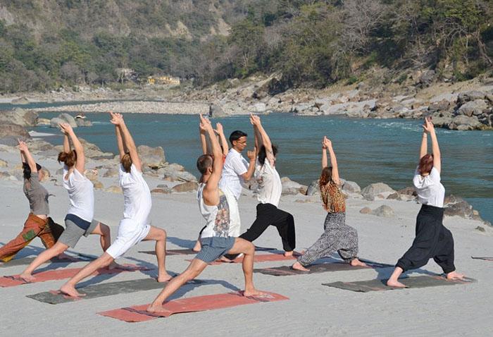 yoga-teacher-training-rishikesh-india