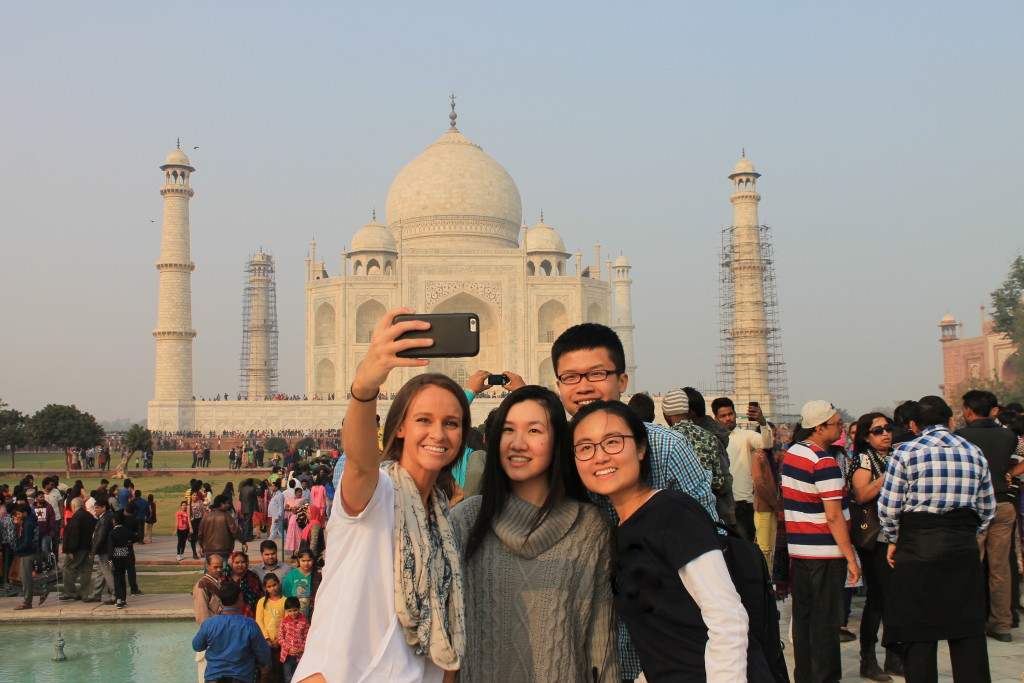 volunteering in India with friends