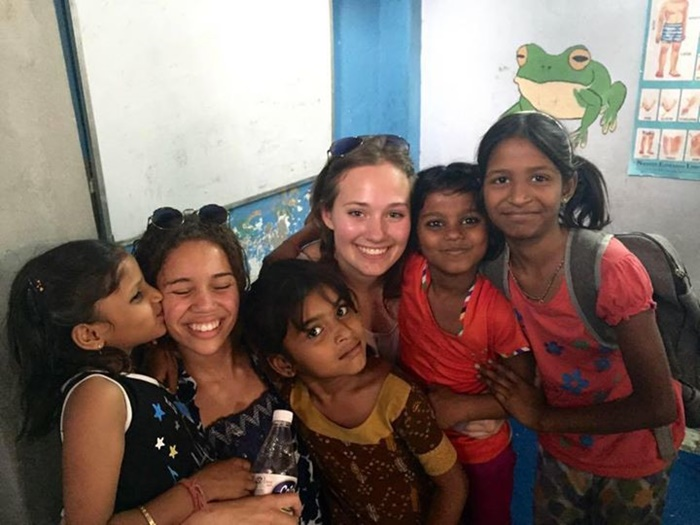 Merel while volunteering in India with kids